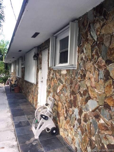 18 SW 8th St, Hallandale, FL 33009 (MLS #A10759743) :: The Paiz Group