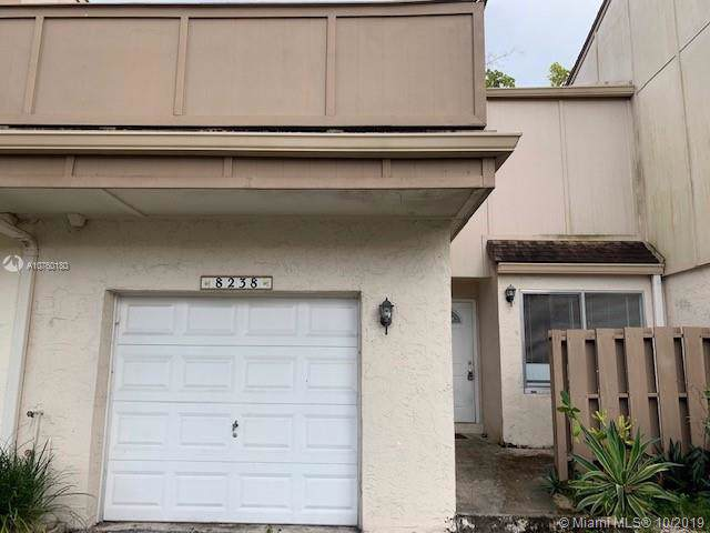 8238 NW 8th Ct, Plantation, FL 33324 (MLS #A10760180) :: Prestige Realty Group
