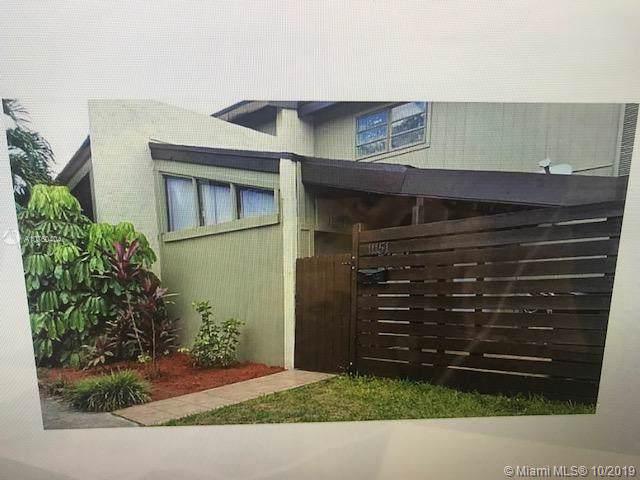 11151 SW 70th Ln, Miami, FL 33173 (MLS #A10760404) :: Grove Properties
