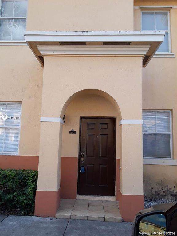 8141 W 36th Ave #3, Hialeah, FL 33018 (MLS #A10761117) :: RE/MAX Presidential Real Estate Group