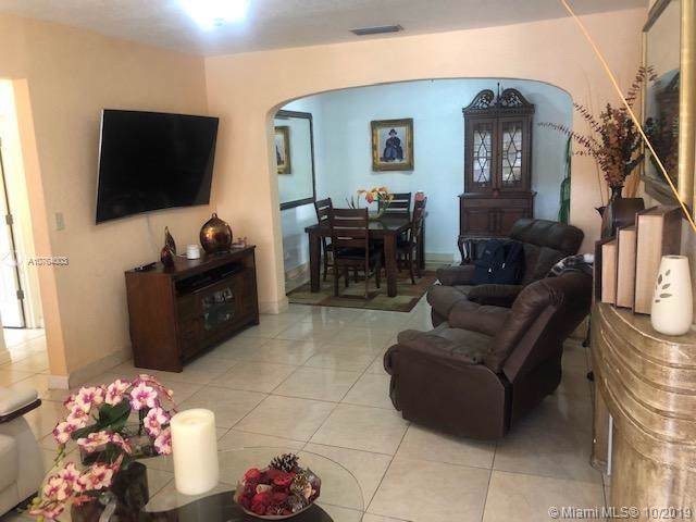 1960 NW 22nd Ct, Miami, FL 33125 (MLS #A10764003) :: The Teri Arbogast Team at Keller Williams Partners SW