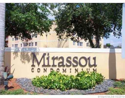 6175 NW 186th St #309, Hialeah, FL 33015 (MLS #A10765083) :: The Paiz Group