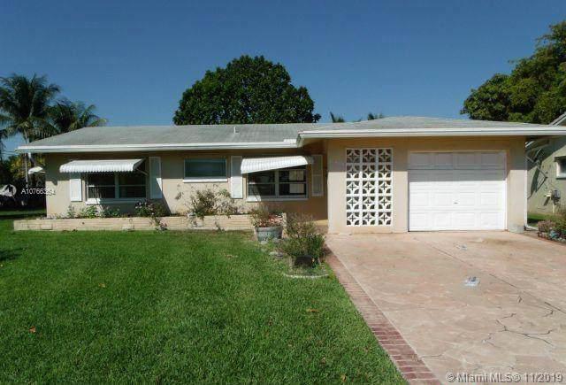5705 NW 74th Ave, Tamarac, FL 33321 (MLS #A10766364) :: Castelli Real Estate Services