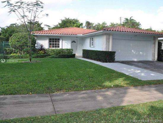 1551 Ancona Ave, Coral Gables, FL 33146 (MLS #A10766782) :: The Jack Coden Group