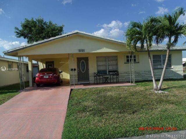 5101 S 54th St, Tamarac, FL 33319 (MLS #A10768789) :: Castelli Real Estate Services