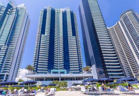 17121 Collins Ave #1805, Sunny Isles Beach, FL 33160 (MLS #A10769408) :: The Teri Arbogast Team at Keller Williams Partners SW
