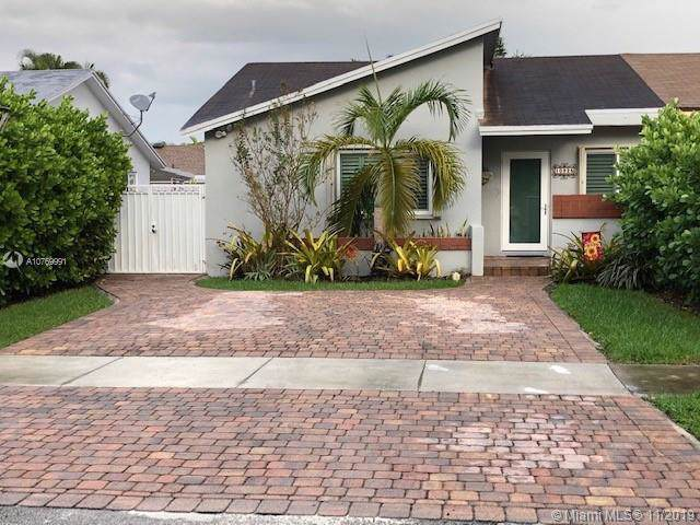 10925 SW 146 PL, Miami, FL 33186 (MLS #A10769991) :: The Jack Coden Group