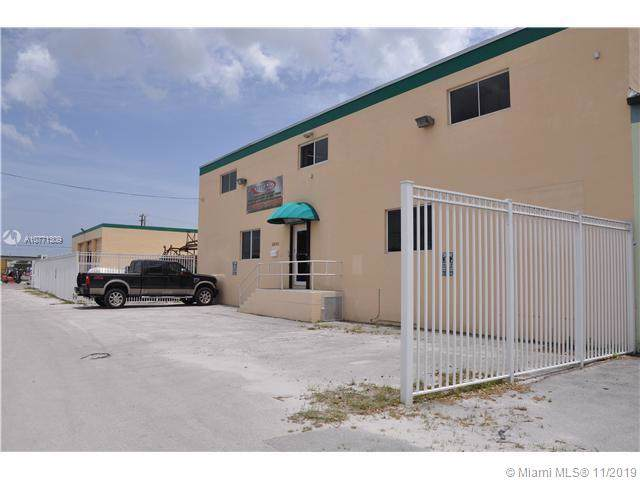 2930 NW 72nd St, Miami, FL 33147 (MLS #A10771309) :: The Jack Coden Group