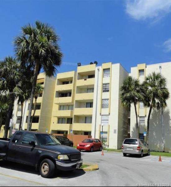 10000 NW 80th Ct #2536, Hialeah Gardens, FL 33016 (MLS #A10771544) :: Patty Accorto Team
