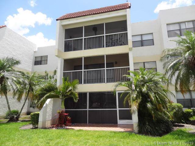 100 Lakeview Dr #104, Weston, FL 33326 (MLS #A10771588) :: Green Realty Properties