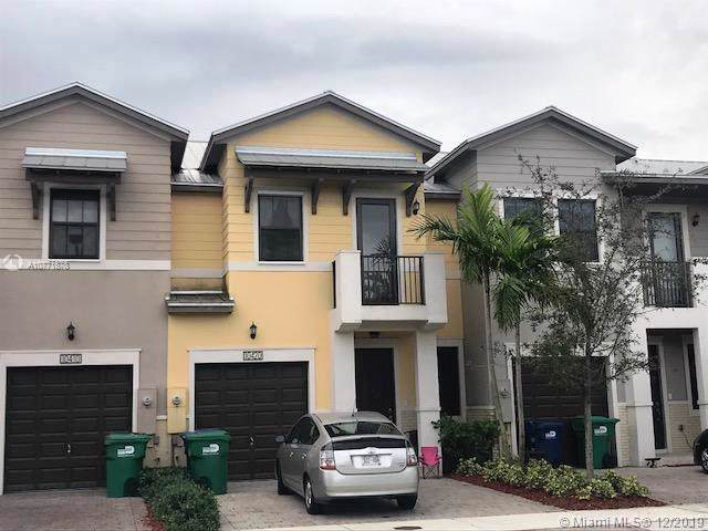 10420 NW 58th Ter, Doral, FL 33178 (MLS #A10771878) :: RE/MAX Presidential Real Estate Group