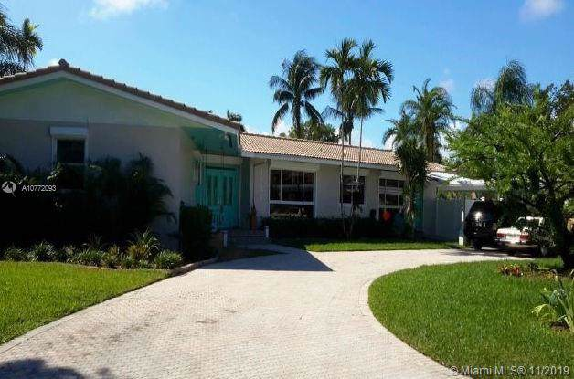 1050 S Southlake Dr, Hollywood, FL 33019 (MLS #A10772093) :: The Teri Arbogast Team at Keller Williams Partners SW