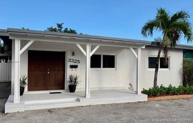 3325 SW 67th Ave, Miami, FL 33155 (MLS #A10773434) :: The Jack Coden Group