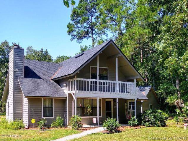 2561 Ch Arnold Road, Other City - In The State Of Florida, FL 32092 (MLS #A10773861) :: Castelli Real Estate Services
