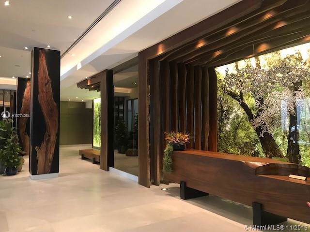 1010 Brickell Ave #1408, Miami, FL 33131 (MLS #A10774054) :: Berkshire Hathaway HomeServices EWM Realty