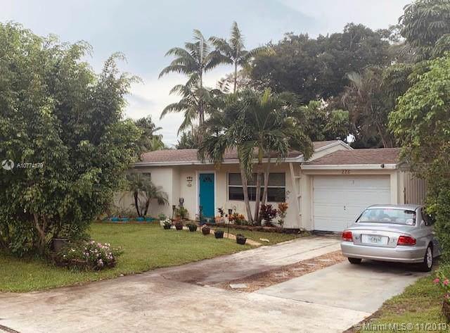 226 NE 16th St, Delray Beach, FL 33444 (MLS #A10774179) :: United Realty Group