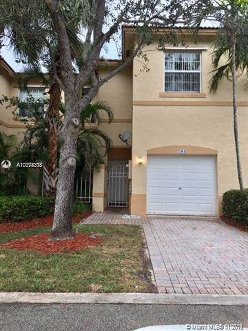 781 NW 170th Ter #781, Pembroke Pines, FL 33028 (#A10774315) :: Real Estate Authority