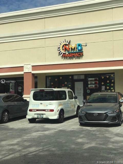 1203 NE 163, North Miami Beach, FL 33162 (#A10776507) :: Dalton Wade