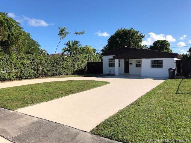 1558 NE 182nd St, North Miami Beach, FL 33162 (MLS #A10778083) :: Grove Properties