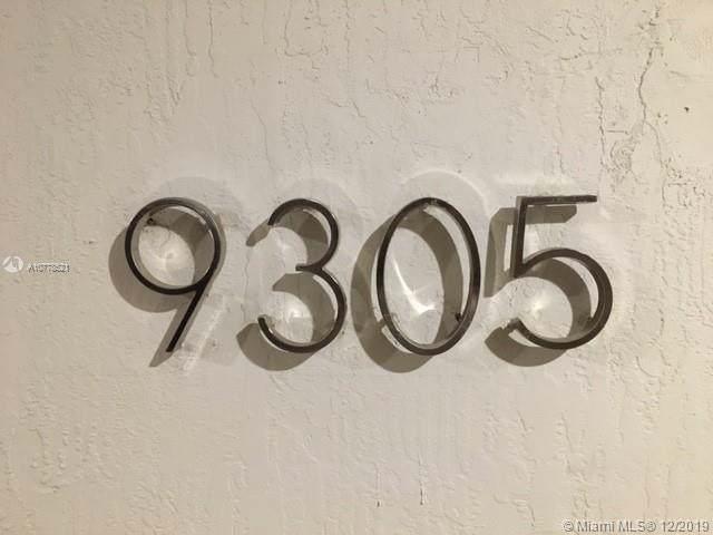 9305 SW 178, Palmetto Bay, FL 33157 (MLS #A10778521) :: The Adrian Foley Group