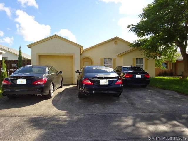 24971 SW 128th Path, Homestead, FL 33032 (MLS #A10778713) :: The Adrian Foley Group