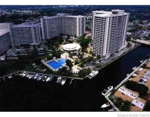 2500 Parkview Dr #305, Hallandale, FL 33009 (MLS #A10779185) :: Berkshire Hathaway HomeServices EWM Realty