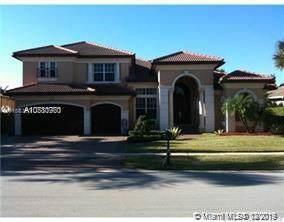 10230 Key Plum St, Plantation, FL 33324 (MLS #A10780770) :: Laurie Finkelstein Reader Team