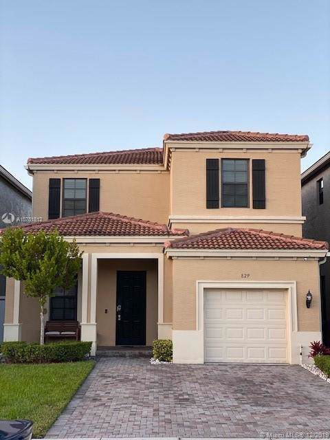 829 NE 191 St., North Miami, FL 33179 (MLS #A10781812) :: The Adrian Foley Group