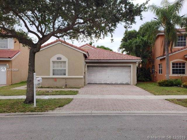 15311 SW 47th St, Miramar, FL 33027 (MLS #A10782684) :: Patty Accorto Team