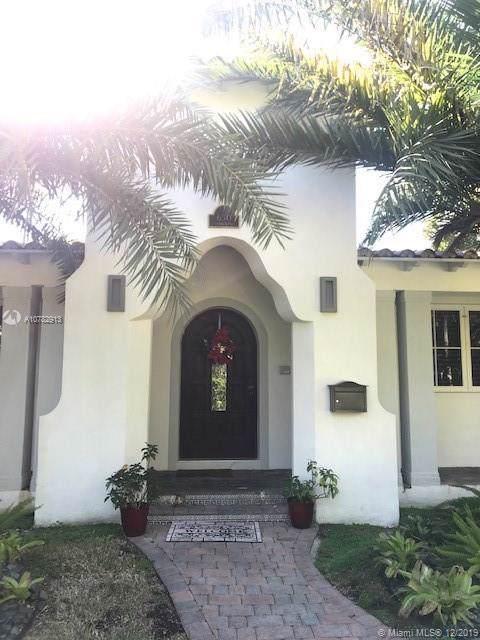 650 Candia Ave, Coral Gables, FL 33134 (MLS #A10782913) :: Albert Garcia Team
