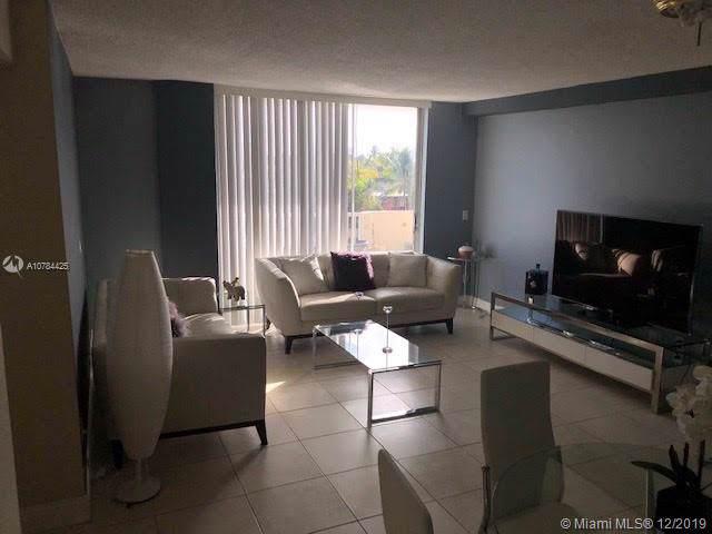 2000 NE 135th St #309, North Miami, FL 33181 (MLS #A10784425) :: United Realty Group