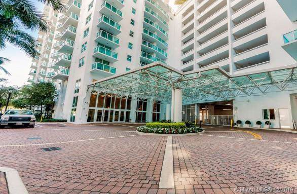 31 SE 5th St #1807, Miami, FL 33131 (MLS #A10786485) :: ONE Sotheby's International Realty