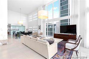 1040 Biscayne Blvd #1004, Miami, FL 33132 (MLS #A10791184) :: Patty Accorto Team