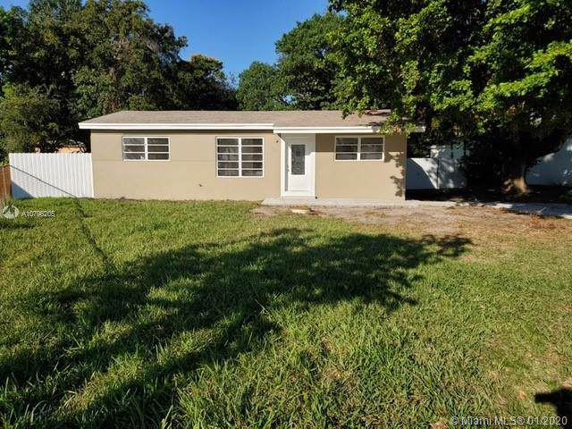 10910 NW 22nd Ave Rd, Miami, FL 33167 (MLS #A10796205) :: Berkshire Hathaway HomeServices EWM Realty