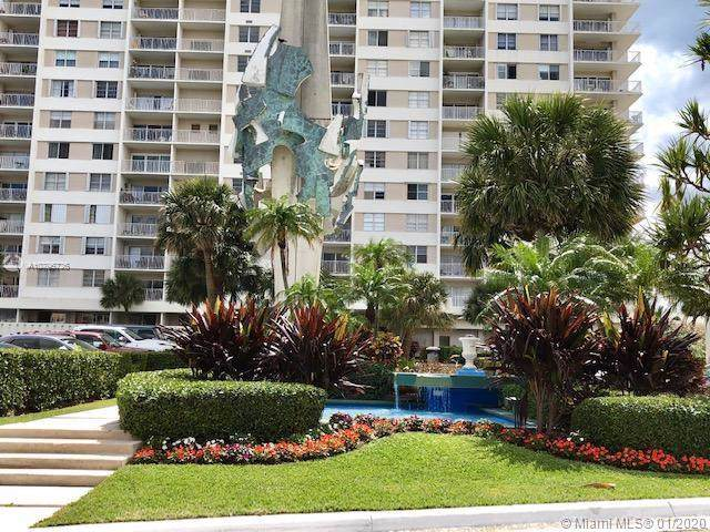 300 Bayview Dr #209, Sunny Isles Beach, FL 33160 (MLS #A10796726) :: The Jack Coden Group