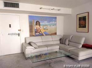 17011 N Bay Rd #405, Sunny Isles Beach, FL 33160 (MLS #A10798595) :: The Jack Coden Group