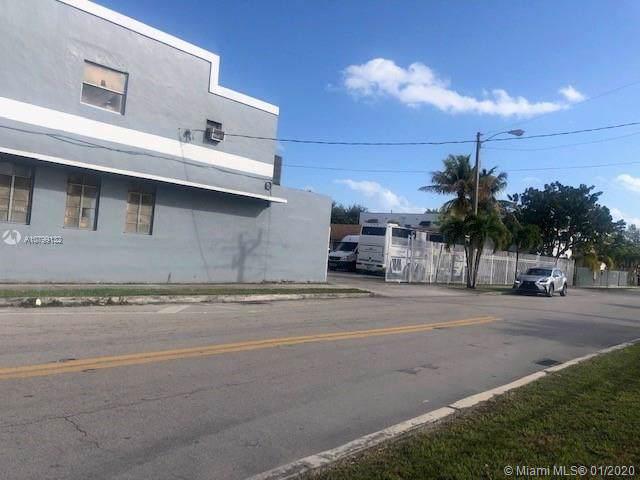 171 NW 39th St, Miami, FL 33127 (MLS #A10799132) :: Berkshire Hathaway HomeServices EWM Realty