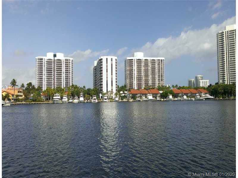 3600 Yacht Club Dr - Photo 1