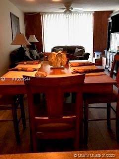 7173 Orange Dr 220B, Davie, FL 33314 (MLS #A10801944) :: Green Realty Properties