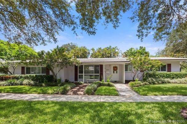1224 N 40th Ave, Hollywood, FL 33021 (MLS #A10802692) :: Green Realty Properties