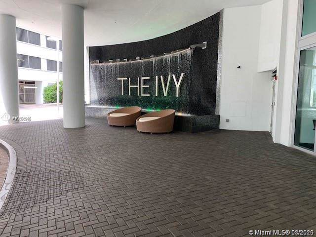 90 SW 3rd St #1105, Miami, FL 33130 (#A10803910) :: Real Estate Authority