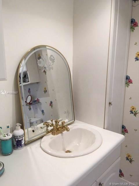601 Three Islands Blvd #202, Hallandale, FL 33009 (MLS #A10803927) :: Berkshire Hathaway HomeServices EWM Realty
