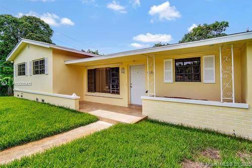 935 NE 149th St, North Miami, FL 33161 (MLS #A10805900) :: Lucido Global