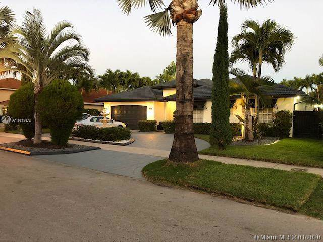 9753 SW 159th Ave, Miami, FL 33196 (MLS #A10806824) :: Patty Accorto Team