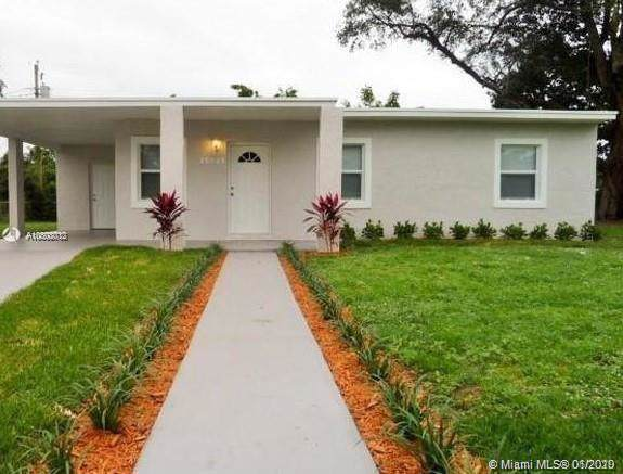15625 NW 157th St Rd, Miami Gardens, FL 33054 (MLS #A10808012) :: Prestige Realty Group