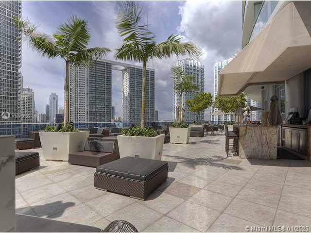 200 Biscayne Boulevard Way #1105, Miami, FL 33131 (MLS #A10810165) :: The Teri Arbogast Team at Keller Williams Partners SW