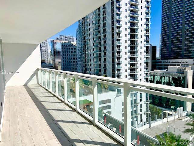 1080 Brickell Ave #1800, Miami, FL 33131 (MLS #A10810738) :: The Teri Arbogast Team at Keller Williams Partners SW