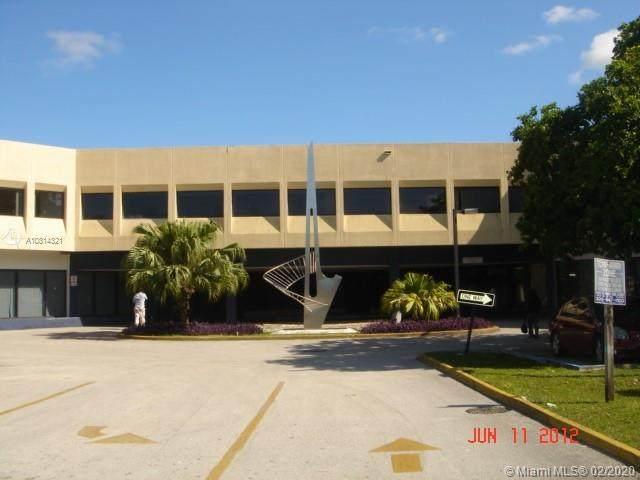 1380 Miami Gardens Dr - Photo 1