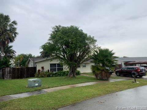 8951 SW 182nd Ter, Palmetto Bay, FL 33157 (MLS #A10816185) :: Kurz Enterprise