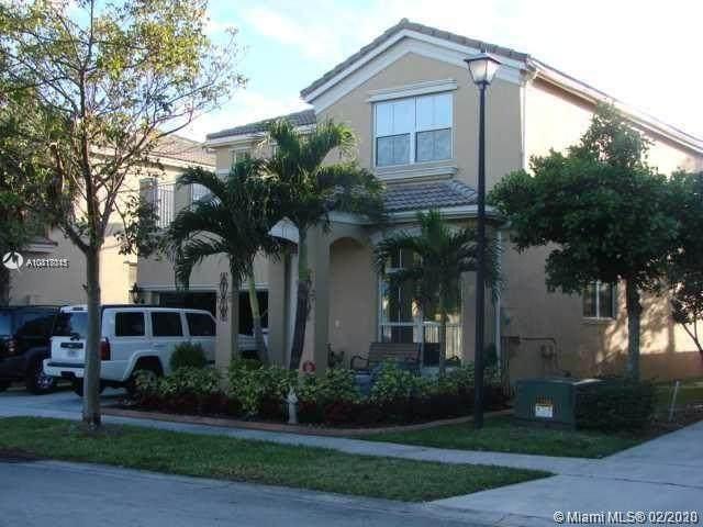 4904 SW 155th Ter, Miramar, FL 33027 (MLS #A10817015) :: Berkshire Hathaway HomeServices EWM Realty